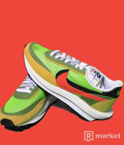 Nike x Sacai waffle green