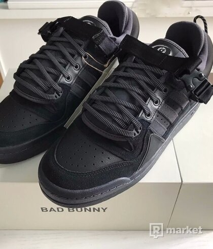 adidas forum 84 x Bad Bunny Back to School