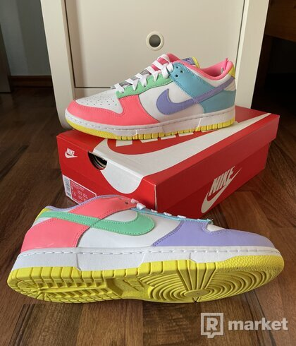 """Nike Dunk Low  """"Easter"""""""