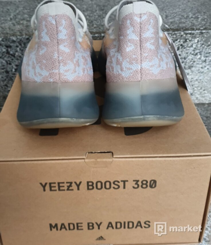 "Adidas Yeezy 380 ""PEPPER"""