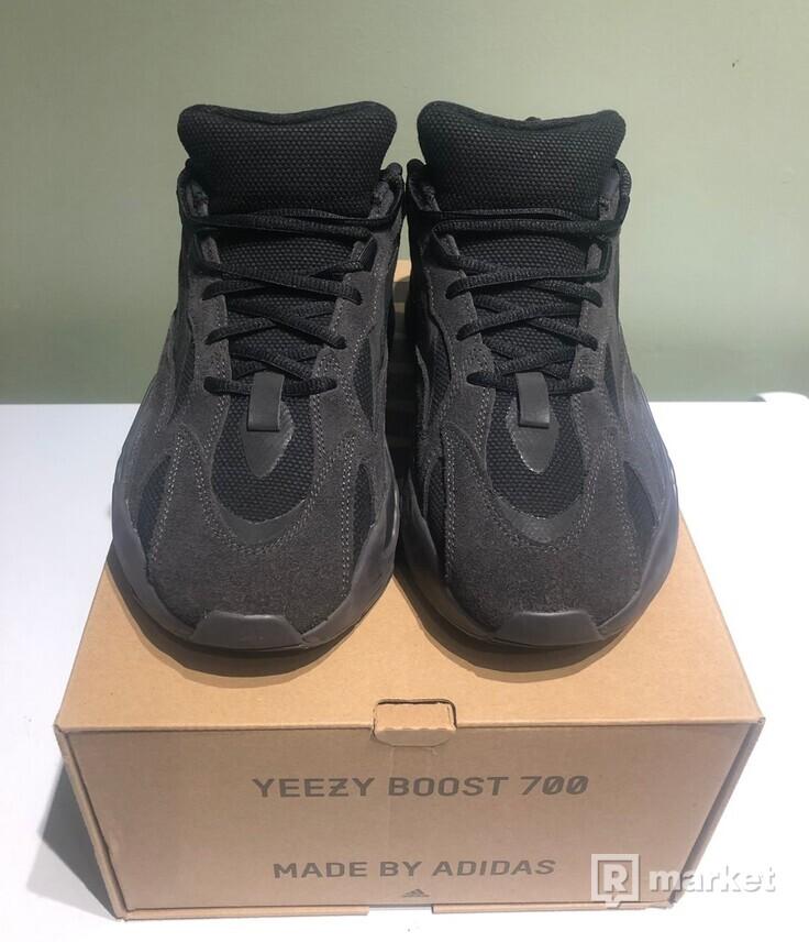 Yeezy 700 V2 Vanta