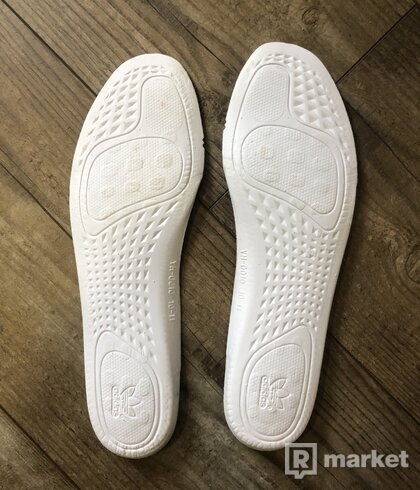 Adidas Yeezy 350 Sesame