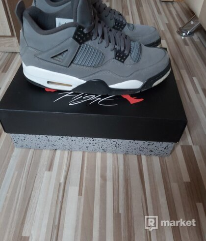 Jordan 4 Retro Cool Grey