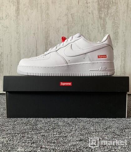 Nike Air Force 1 x Supreme White (US 10)