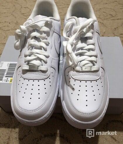 Nike Air Force 1 All White