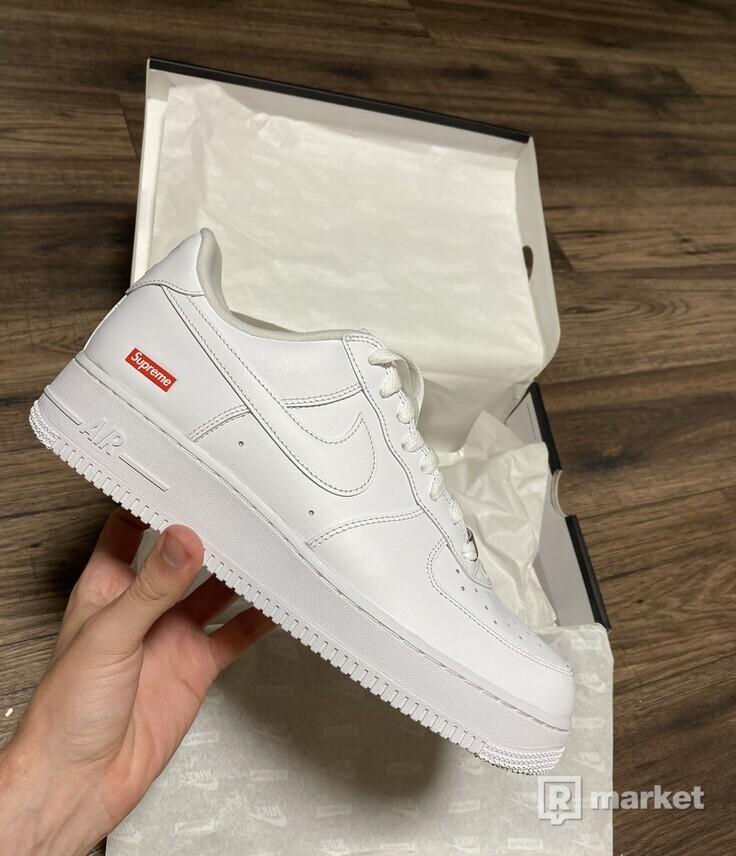 Nike Air Force Supreme