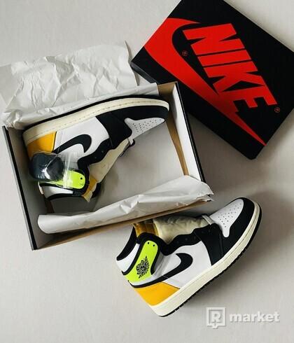 "Air Jordan 1 High ""VOLT GOLD"""