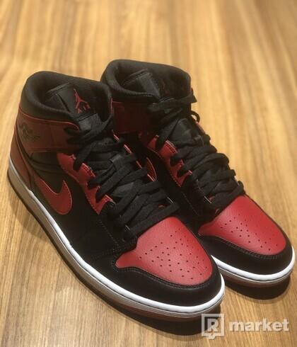 Jordan mid 1 Banned