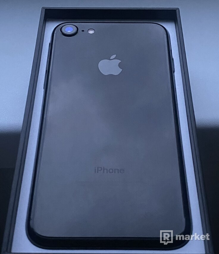 iPhone 7 Jet Black s novou batériou