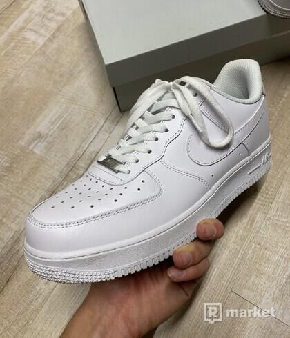 Nike air force low biele 45