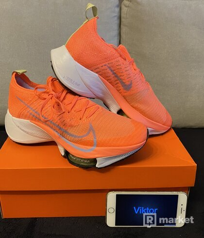 Nike W AIR ZOOM TEMPO NEXT% FK