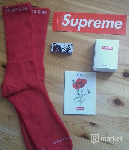 Supreme/Palace accessories