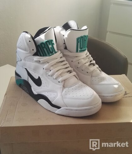 Nike New Air Force 180 MID
