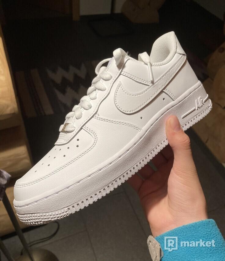 Nike air force 1 07 white