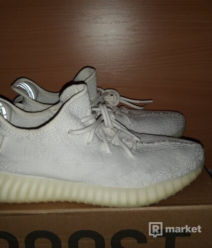 Yeezy 350 cream white