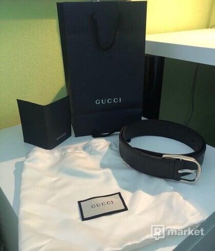 Gucci opasok