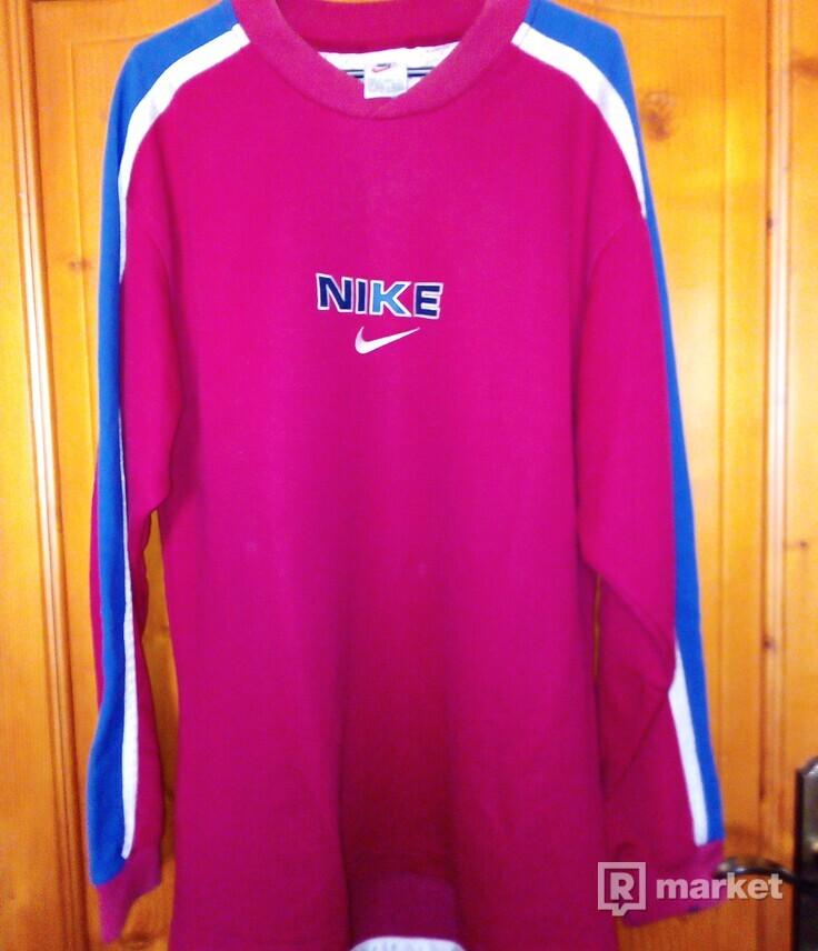 Nike vintage crewneck
