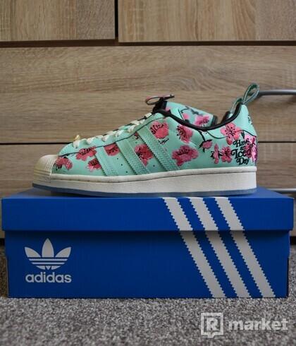 Adidas Superstar Arizona