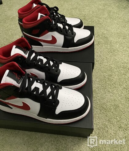 Jordam 1 Mid Gym Red GS (all)