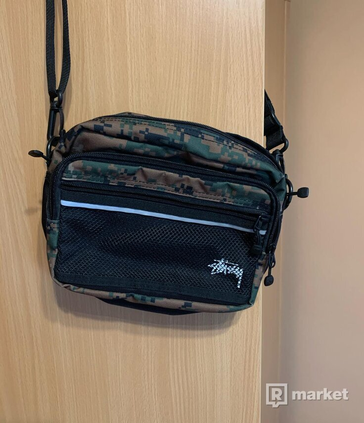 STUSSY taška cez pleco
