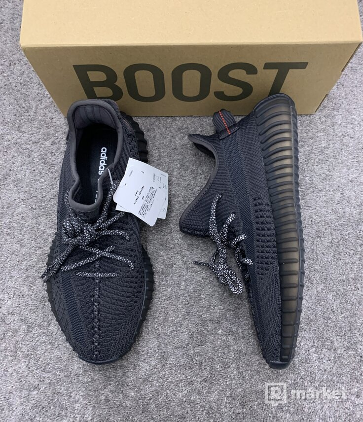 Yeezy 350 black