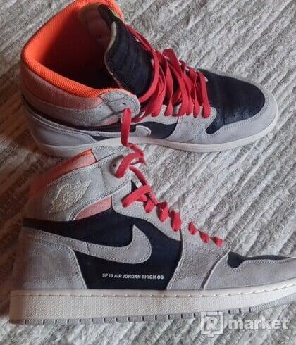 Air Jordan 1 Hyper Crimson