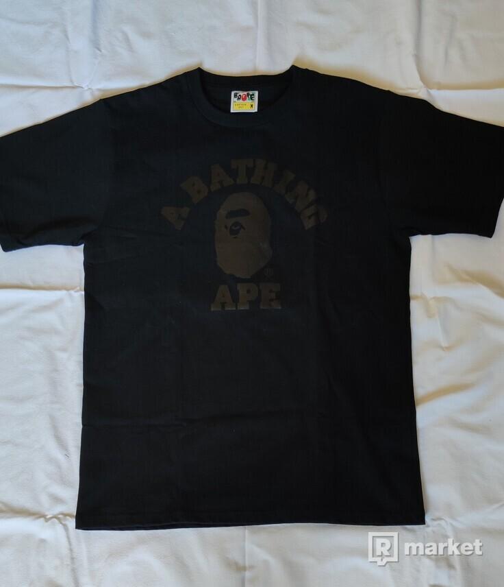 "Bathing Ape College tee ""Pure black"""