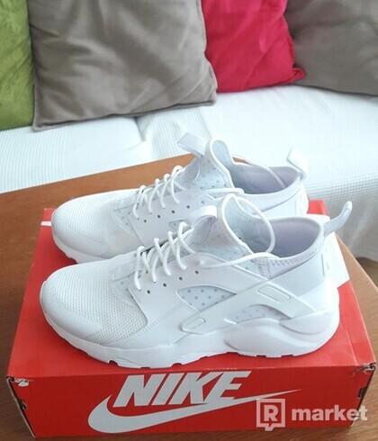 Nike Air Huarache Run Ultra Triple White