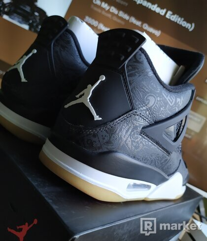 Air Jordan 4 retro SE