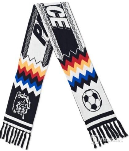 Palace bulldog scarf