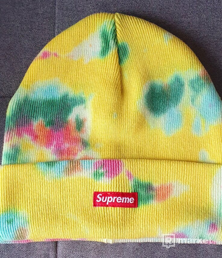Supreme died beania yellow