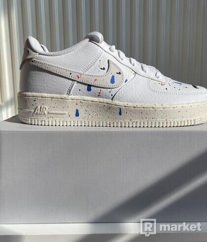 Nike Air Force 1 Low 07 LV8 Paint Splatter White (GS) EU 39