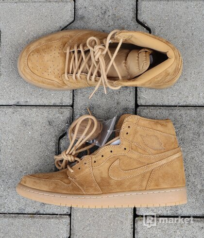 "Air Jordan 1 Retro High OG ""Wheat"" - US10/EU44"