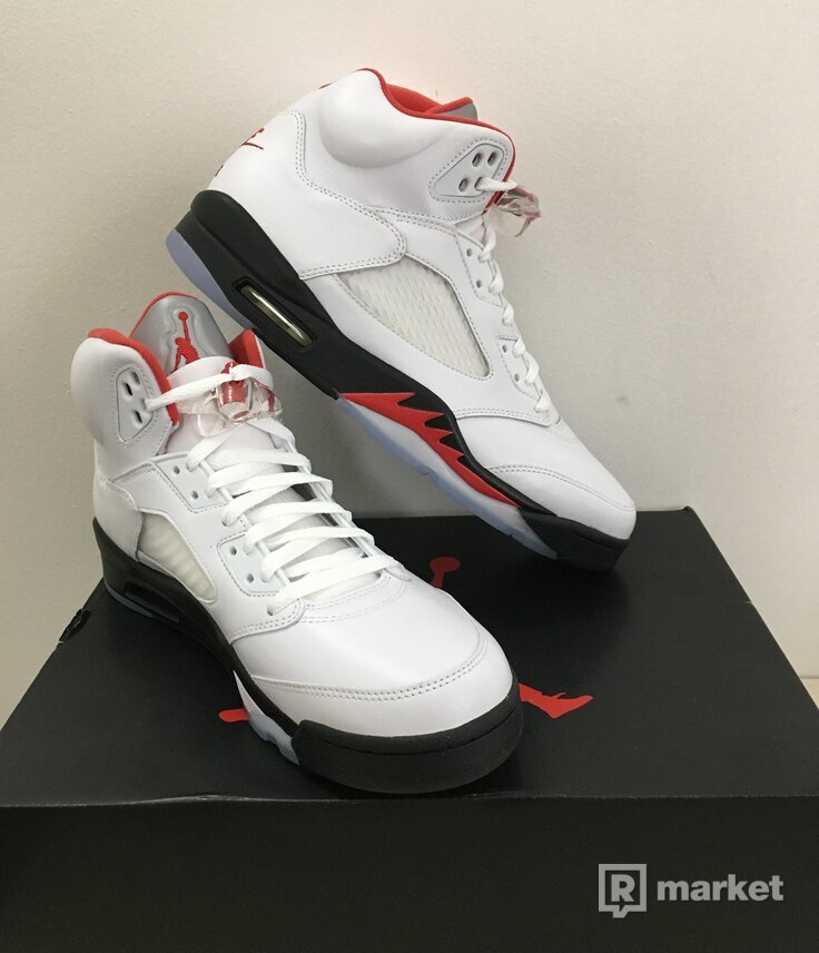 """Nike Jordan 5 """"fire red"""""""