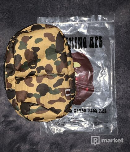 BAPE SHOULDERBAG