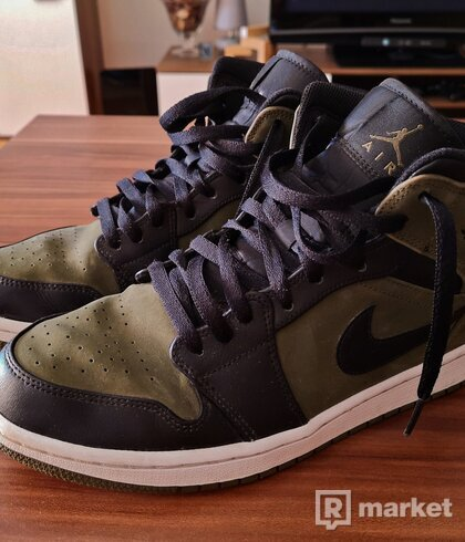 "Nike Air Jordan 1 Mid ""Dark Olive"""
