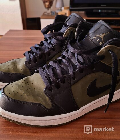 "Nike Air Jordan 1 Mid ""Dark Olive"""