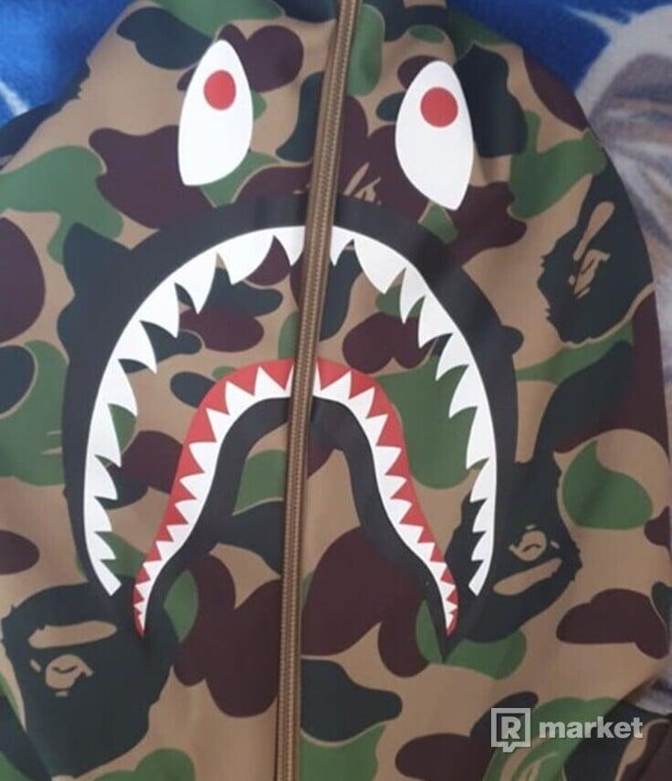 "Adidas x Bape Shark Hoodie ""SuperBowl"""