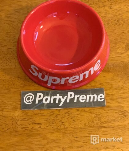 Supreme Dog Bowl