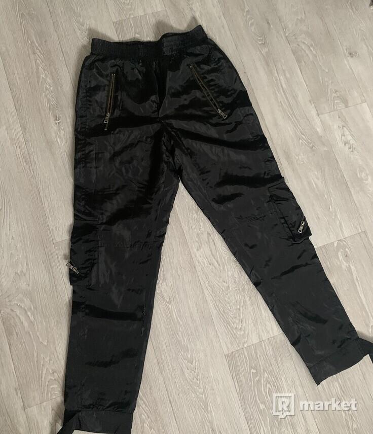 Destructive pants