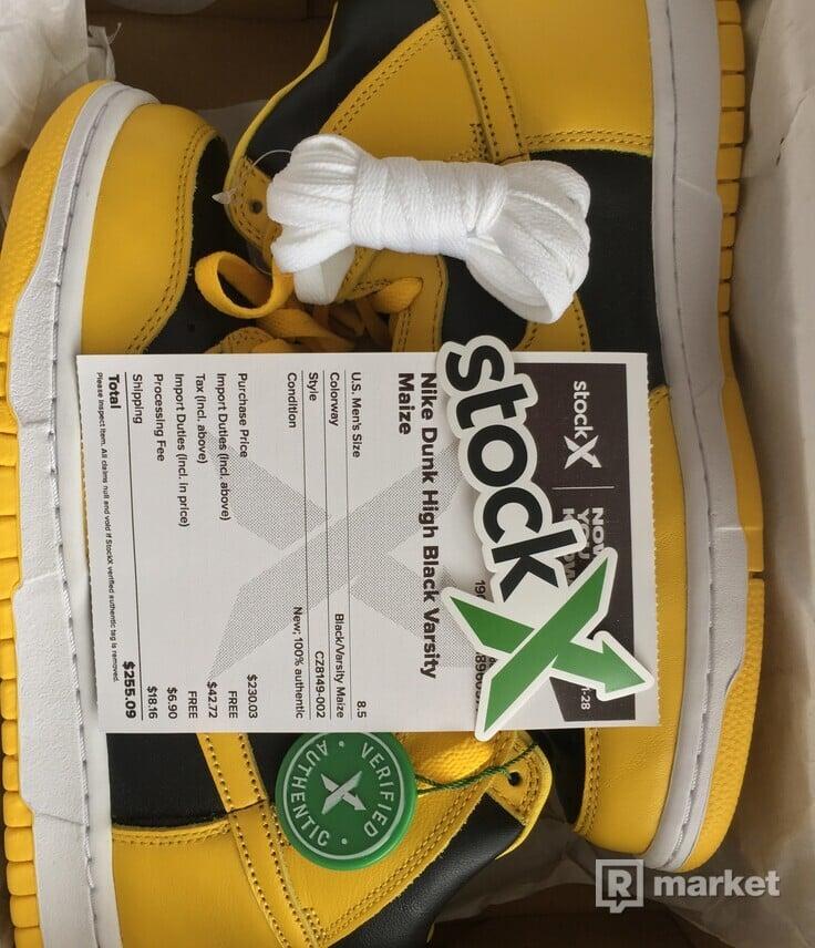 Nike Dunk Black Varsity Maize