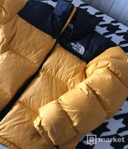 TNF 1996 Retro Nuptse jacket za steal