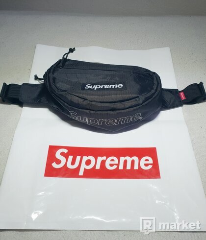 SUPREME WAIST BAG FW 18