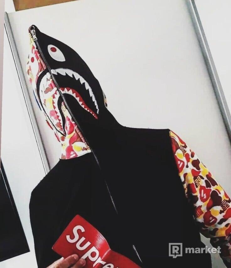 BABE SHARK HOODIE