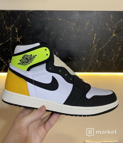 Jordan 1 Retro High Volt