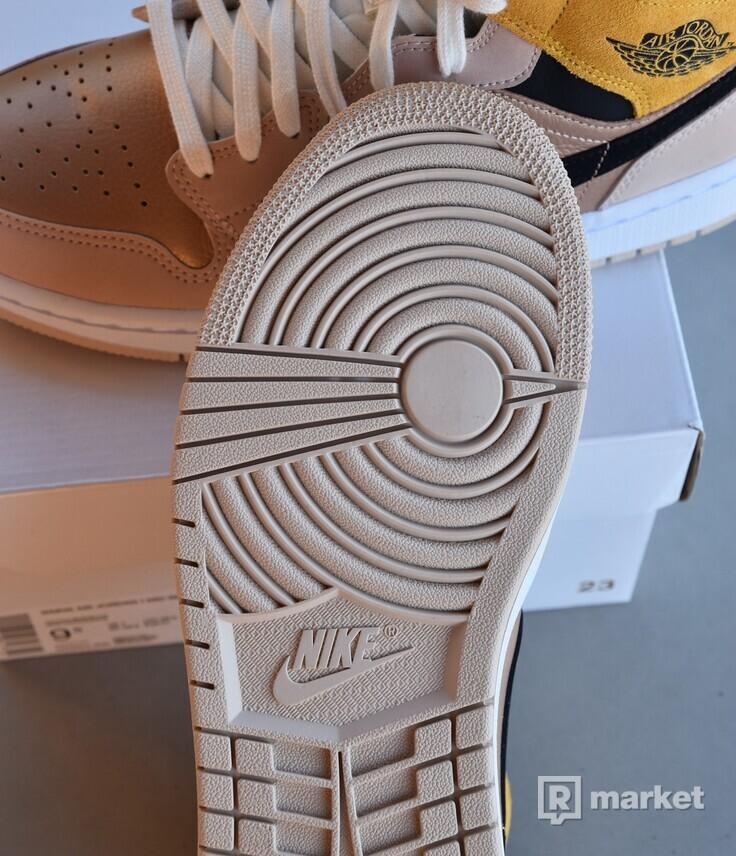 Nike Air Jordan 1 Mid Particle Beige