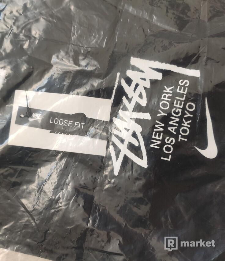 Stussy Nike Tricko