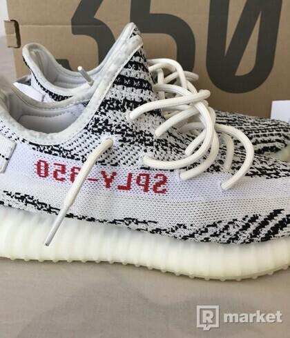 YEEZY V2 350 Zebra