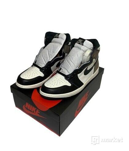 Air Jordan 1 Retro High Mocha