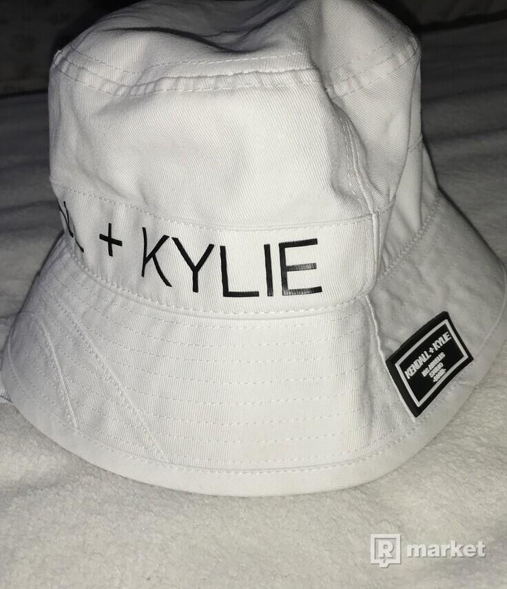 KENDAL + KYLIE hat